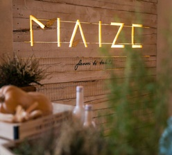 Restaurant MAIZE farm to table
