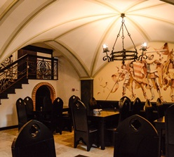 Restaurant Podu' cu lanțuri