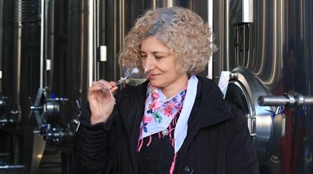 Veronica Gheorghiu, Oenolog