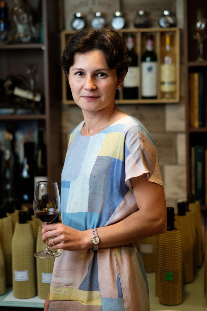 ANA SĂPUNGIU, Master of Wine